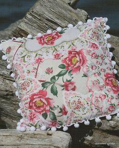 Reusing Vintage Hankies - A Hanky Pillow