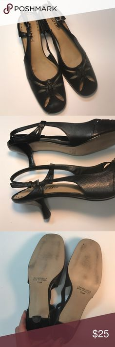 Beautifully Detailed Kitten Heels Black leather, Like new condition. Two Lips Shoes Heels