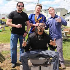 Ricky, Julian and Bubbles chillin' with Snoop Dogg in Sunnyvale! #TPB10 #SnoopDogg