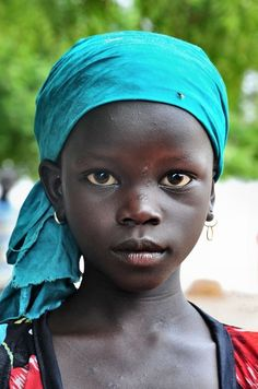 Linda garotinha do Senegal.