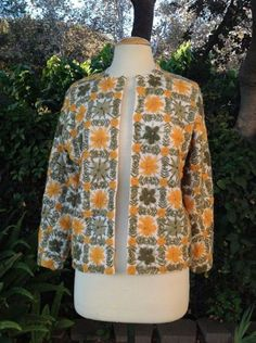 VINTAGE-1960S-VIC-VIC-COUTURE-FLORAL-YARN-LAMBSWOOL-CARDIGAN-WOMENS-SWEATER