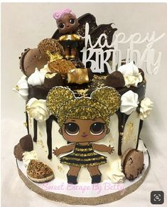 ideas for cake ideas birthday queen Bee Birthday Cake, Funny Birthday Cakes, 6th Birthday Parties, 7th Birthday, Birthday Ideas, Bee Cakes, Cupcake Cakes, Lol Doll Cake, Surprise Cake