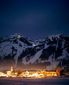 Jackson Hole, Wyoming -On my list of places to go and ski! Looks fabulous!