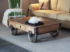 Online Shop American retro wood coffee table wrought iron table and do the old retro style coffee table LOFT industrial sliding wheel coffee Rustic Wooden Coffee Table, Diy Coffee Table, Coffee Table Design, Coffee Coffee, Coffee Beans, Coffee Table With Wheels, Table Cafe, Iron Table, Diy Chair