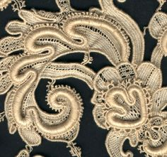For comparison the scan below is of piece of Venetian needle lace made by a Hand-Machine, sent to me by Angela Thompson