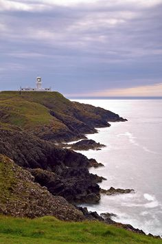 ✯ Strumble Head Lighthouse - Pembrokeshire W. Cymric, Visit Wales, Relaxing Holidays, Sense Of Place, Light House, South Wales, British Isles, Ancestry, Great Britain
