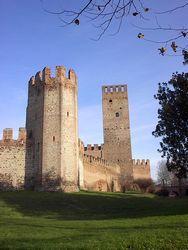 Castello di San Zeno - Montagnana. 45°14′00″N 11°27′00″E