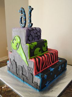 Super Hero Cake by Ari Bakes Cakes