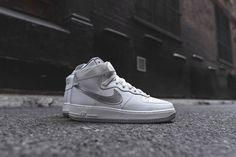 Nike Air Foce 1 Hi Retro QS