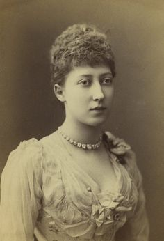 Princess Louise (fourth daughter of Victoria and Albert).  Through marriage, Duchess of Argyll and Marchioness of Lorne.