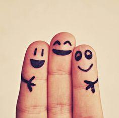 La felicità non si cerca, inciampiamo in essa. È semplice e Daniel Gilbert ce lo ricorda nel suo best-seller. Ne parliamo a seguire