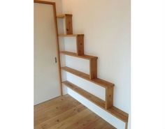猫のための階段がある家
