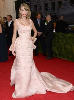 Taylor Swift | Style at the Met Gala
