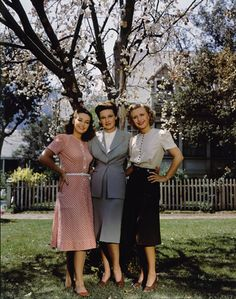 The Lane sisters, Priscilla, Rosemary and Lola. color photo print ad 40s dresses suit grey pink skirt blouse