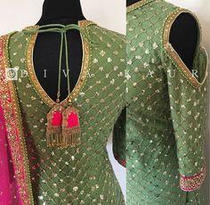 Salwar Suit Neck Designs, Neck Designs For Suits, Sleeves Designs For Dresses, Indian Suits, Indian Dresses, Indian Wear, Designer Punjabi Suits, Indian Designer Wear, Heavy Dresses