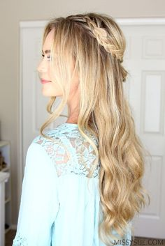 I am so excited about today's tutorial because I always fall in love with cute bohemian hairstyles. This half updo has two dutch braids that connect into two little bubble fishtail braids and is so quick and easy to do. Half Braided Hairstyles, Bohemian Hairstyles, Box Braids Hairstyles, Cute Hairstyles, Half Updo, Updo Hairstyle, Wedding Hairstyles, Cowgirl Hair Styles, Bridesmaid Hair Half Up