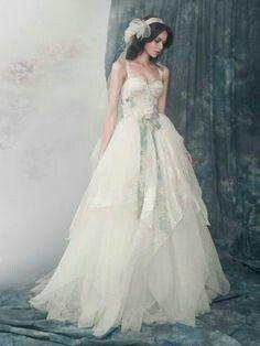 Alena Goretskaya 2017 Wedding Dress Collection Alexander Gown With Silk Organza Corset Dajaya Keiser Enchanted Forest
