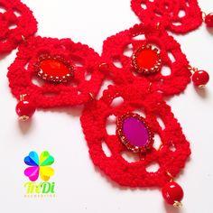 Collar elaborado a mano! Único y especialmente tejido en Crochet y Soutache