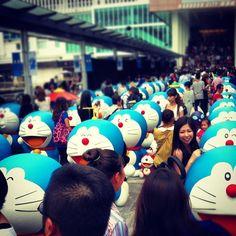 Many #doraemon + Many people help✋ #hk #香港 #叮噹 #ドラえもん - @nana10_11- #webstagram