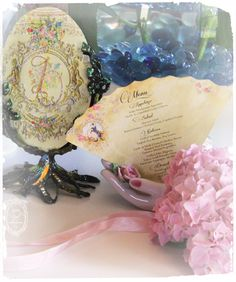 Baroque Wedding Table cards and Au Claire de la Lune menus.