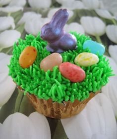 Easter Cupcake complete with jellybeans and a cute bunny!