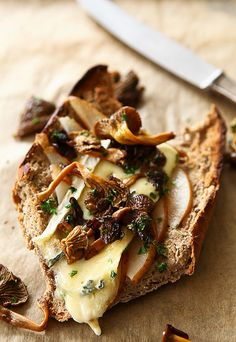 pear and cambozola on toast