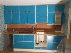 """35 tykkäystä, 3 kommenttia - Keittiötehdas Karamelli (@keittiotehdas) Instagramissa: """"Hyvinkään keittiön varsinainen kaapisto. Asiakas jatkaa putki- ja sähköasennuksilla tästä.…"""" Kitchen Dining, Dresser, Furniture, Instagram, Home Decor, Powder Room, Decoration Home, Room Decor, Stained Dresser"""