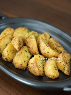 Potatoes, Vegetables, Cooking, Food, Food Food, Kitchen, Potato, Essen, Vegetable Recipes