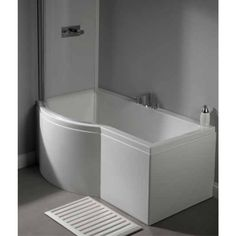 Carron Urban Shower Bath 1500 LH 5mm - White<br>An ultra modern and minimalist showerbath, the Urban P - Shaped is a sophisticated bath for your moder