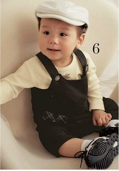 Boy Long Sleeve Romper + Black Overall