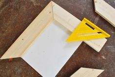 Making simple scrap wood picture frames diy - Must do this for the kids artwork that I want to frame!
