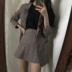 korean outfits looks great K Fashion, Korean Girl Fashion, Korean Fashion Trends, Ulzzang Fashion, Korean Street Fashion, Asian Fashion, Fashion Dresses, Fashion Design, Fashion Ideas