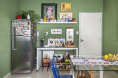 07-apartamento-eclético-Rodrigo-Cunha-cozinha-verde