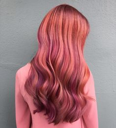 Gorgeous sunset ombre hair. Three shades of rose gold to make this!
