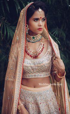 bridal jewellery ideas , bridal jewellery images , bridal jewellery sets , bridal jewellery designs , bridal jewellery latest collection bridal jewellery tanishq , bridal jewellery indian wedding Bridal Looks, Bridal Style, Indian Bridal Fashion, Bridal Jewelry, Bridal Necklace, Romantic Look, Bridal Beauty, Beauty Trends, Wedding Portraits