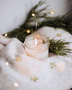 Image uploaded by Cᴇʟᴇsᴛᴇ ฅ^ Christmas Candles, Winter Christmas, Christmas Home, Christmas Lights, Christmas Decorations, Merry Christmas, Cozy Aesthetic, Autumn Aesthetic, Christmas Aesthetic