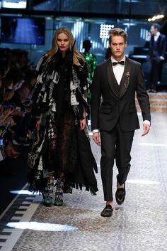679 fantastiche immagini su Dolce   Gabbana 2017 - 2018 nel 2019 ... c086f13cbf9
