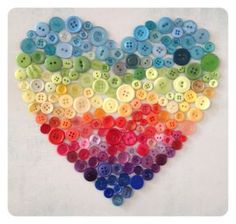 button heart {via pompom rouge}  #rainbow #buttons #heart