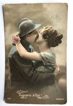 * French WWI soldier in uniform kissing his fiancé * Love letter… Vintage Couples, Vintage Girls, Till We Meet Again, Lovers Lane, Always You, Kissing Him, Couples In Love, Im Happy, Love Letters