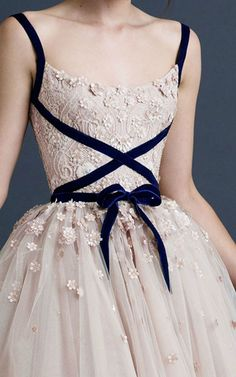 Paolo Sebastian Tea Length Tulle Wedding Dresses Blush 2019 A Line Lace Spaghett. - Paolo Sebastian Tea Length Tulle Wedding Dresses Blush 2019 A Line Lace Spaghetti Straps Short Bridal Gowns Custom Made Formal Gowns Source by Beautiful Gowns, Stunning Wedding Dresses, Beautiful Outfits, Ballet Beautiful, Tulle Wedding, Modest Wedding, Pretty Dresses, Elegant Dresses, Sexy Dresses
