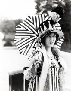 "Gloria Swanson in ""Madame Sans-Gene"" 1925"
