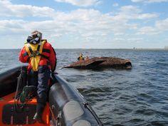 Blaricum - Zeilboot omgeslagen