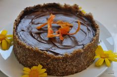 Healthy dessert with avocado and cocoa Going Vegan, Vegan Desserts, Recipe Box, Paleo Recipes, How To Stay Healthy, Cocoa, Dairy Free, Sweet Tooth, Sweet Treats