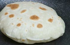 Baby Food Recipes, Bread Recipes, Focaccia Pizza, Good Food, Yummy Food, Cinnabon, Just Bake, Romanian Food, Pita Bread