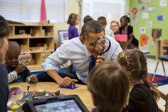 President Barack Obama visits a pre-kindergarten classroom at the College Heights Early Childhood Learning Center in Decatur, Ga. (Official White House Photo by Pete Souza) Barack Obama, Michelle Obama, Obama With Kids, Obama Photos, Obama Images, Presidente Obama, First Black President, Black Presidents, Early Education