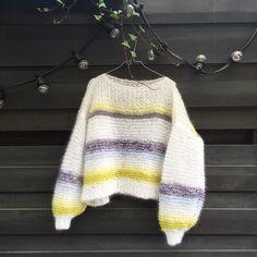 Norske jenter ville etter kjendisstylisten strikkegenser: Få oppskriften her - MinMote.no - Norges største moteside Loom Knitting, Knit Crochet, Pullover, Instagram Posts, Sweaters, How To Wear, Handmade, Crocheting, Clothes