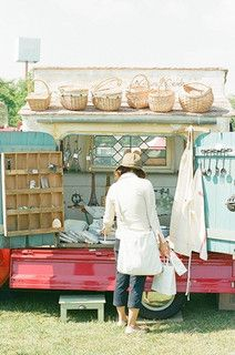 Struinen naar leuke vintage-spulletjes op rommelmarkten...