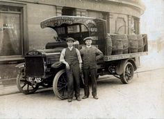 early photographs | ... for Burtonwood Brewery early 1900's - photo courtesy of Thomas Potter