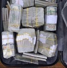 Money On My Mind, Make Money Today, Make Money Fast, Make Money Online, Australian Money, Luxury Concierge Services, Easy Online Jobs, Money Pictures, Mo Money