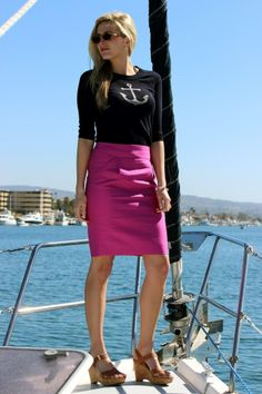 hot pink pencil skirt outfits | anchor sweater with pink pencil skirt | what to wear